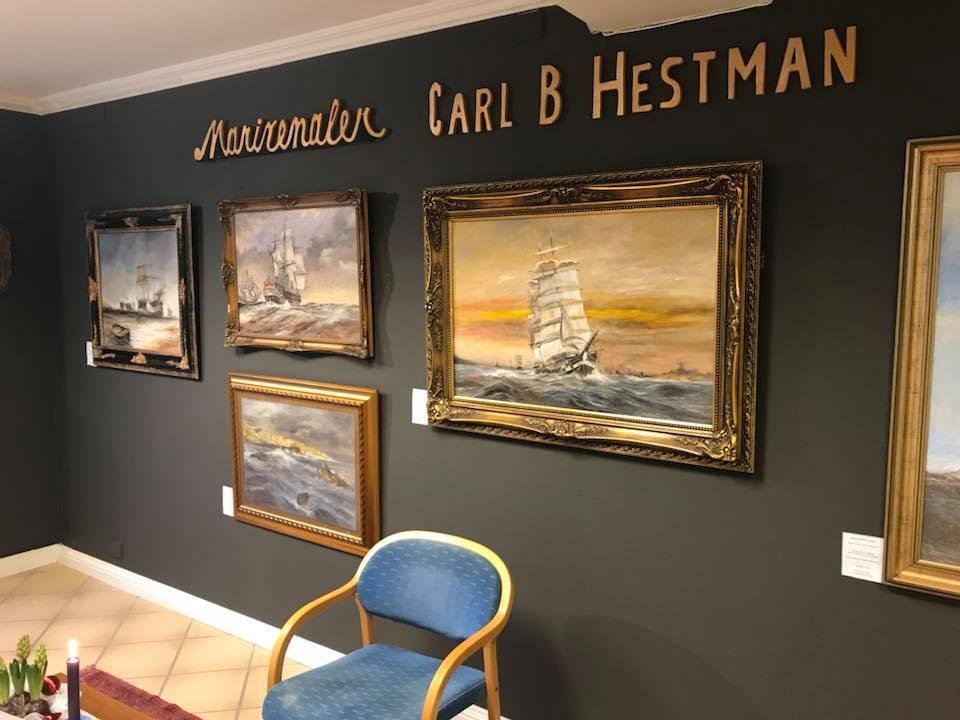 Kunstutstilling med verdensberømt marinemaler Carl B. Hestman